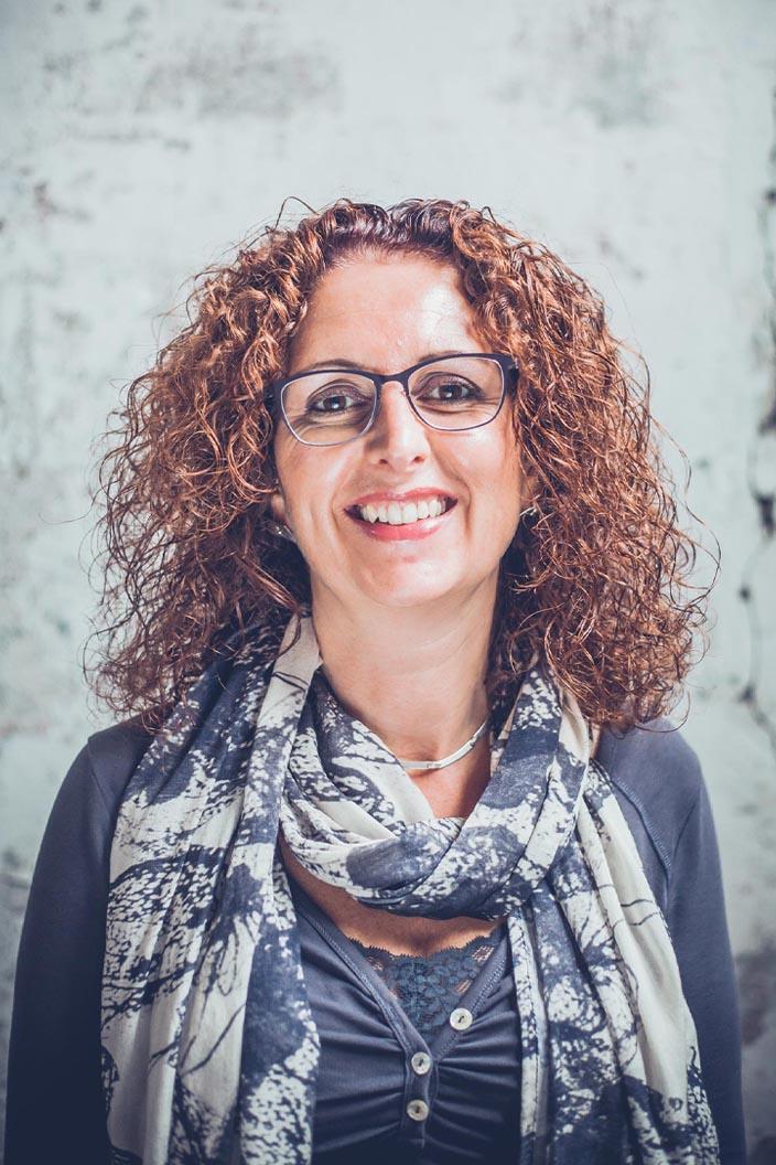 Annette van Mil